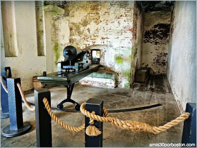 Cañones en la Isla de Alcatraz