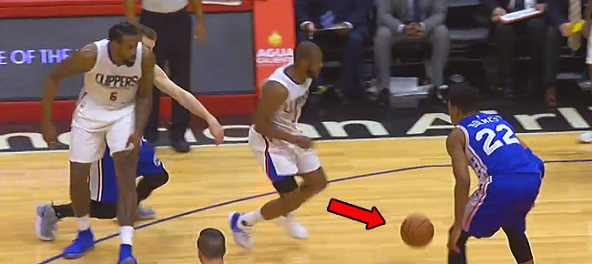 Chris Paul With A NASTY Shammgod (VIDEO)