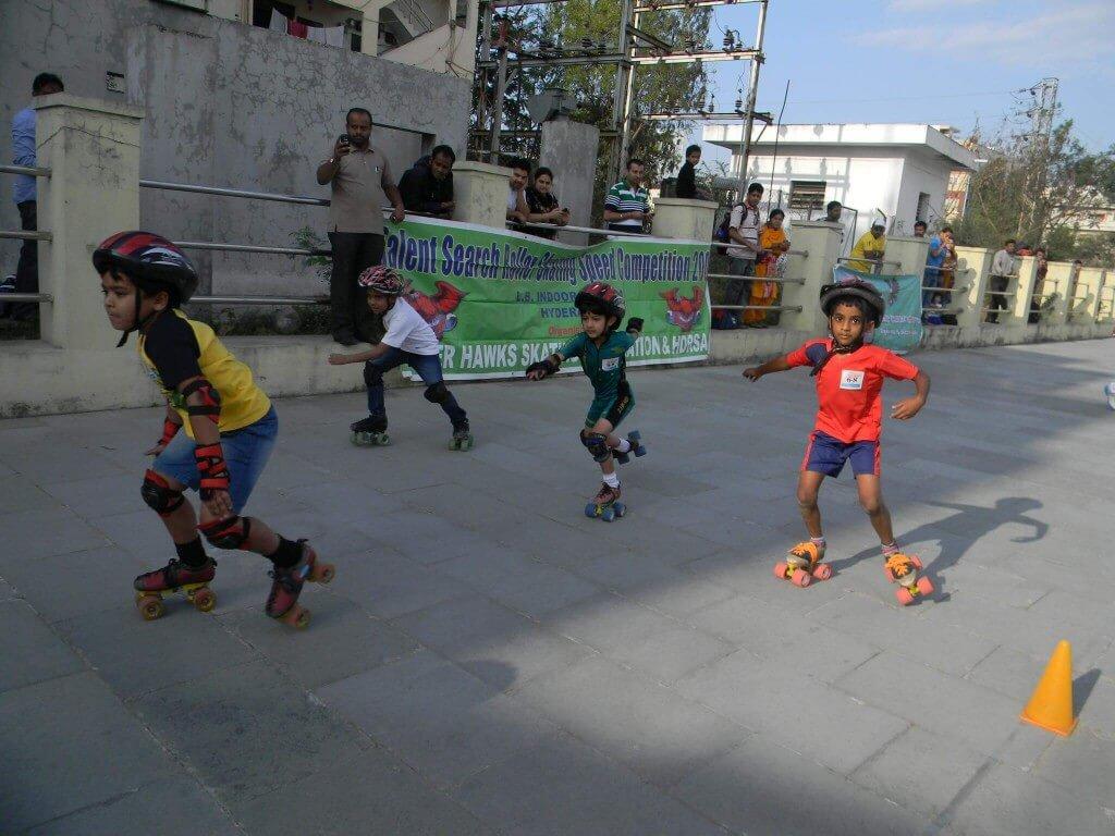 Roller shoes in hyderabad - Skating Classes At Mehdipatnam In Hyderabad Professional Roller Skates Powerslide Skates Quad Roller Skates 4 Wheels