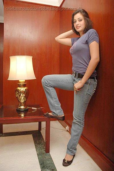Indian Actress Navneet Kaur Big Hanging Boobs At Latest -6547