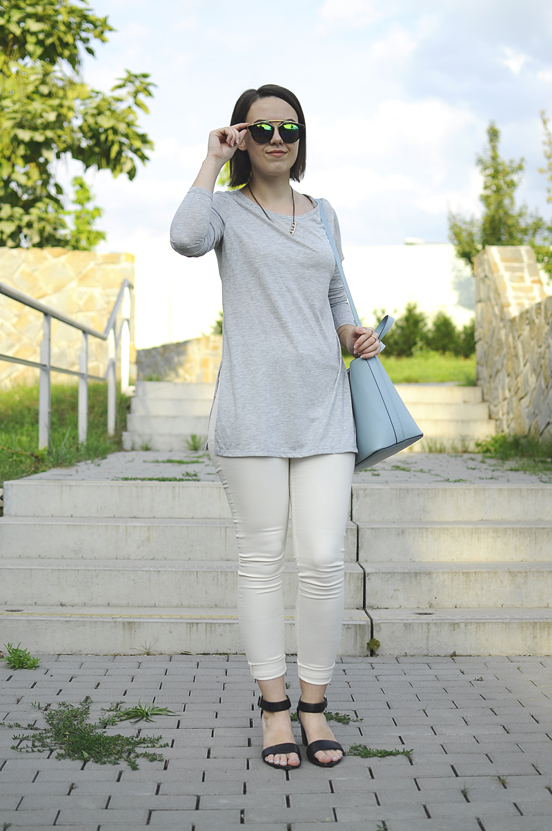 d1fd909d044e Nedávno jsme byly fotit s Kačkou (její outfit najdete TU) a počasí bylo  takové všelijaké