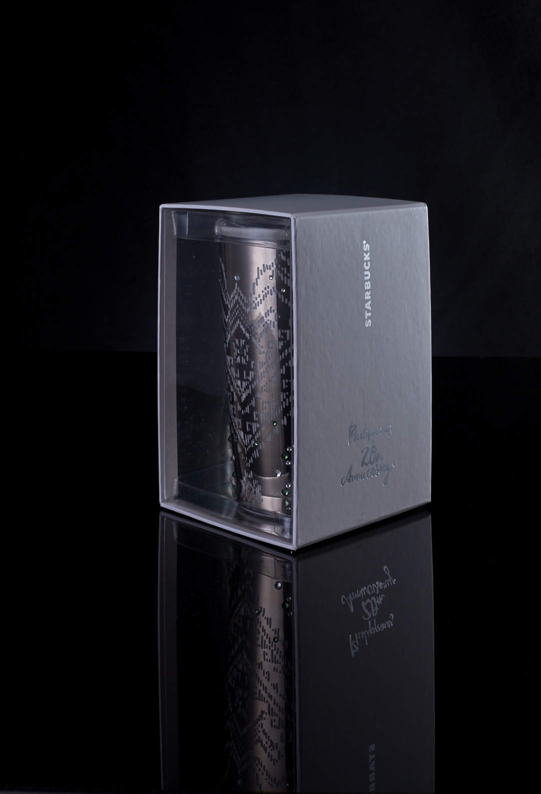 5f66bdda3b2f It features the 20th anniversary weave pattern in silver foil and offers  both functionality and understated glam for P895. Each tumbler comes with a  package ...