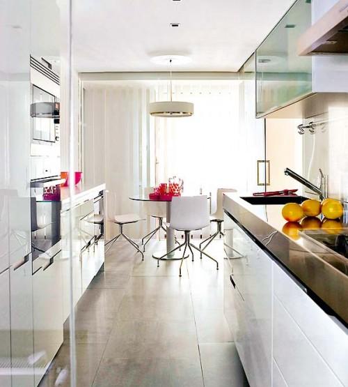 Cozinha pequena 40 id ias de como usar as paredes para for Como montar muebles de cocina