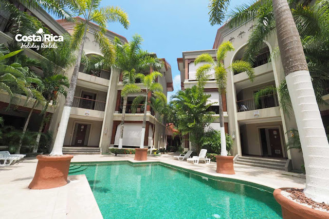 Macaws Luxury Condo