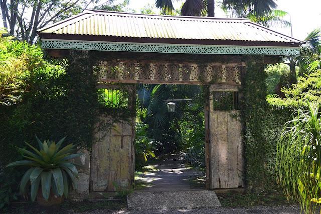 Sulyap arch