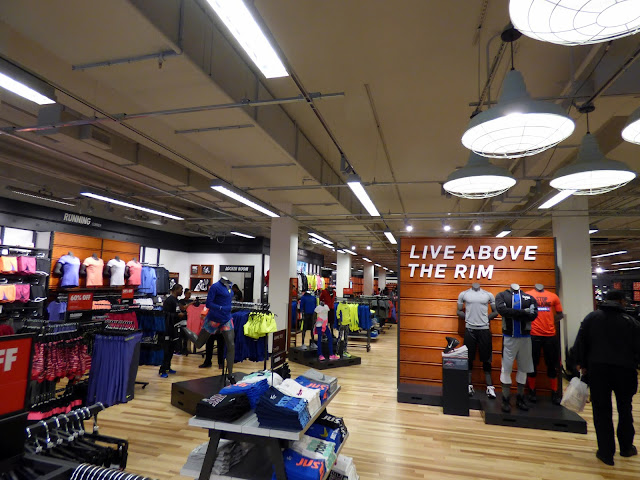nike factory store location