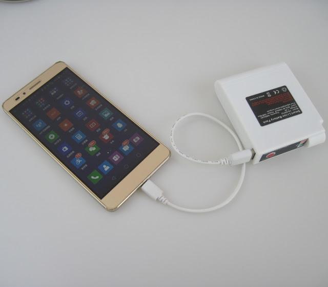 Dung lượng pin lớn có thể sạc cho điện thoại