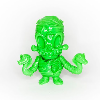 Designer Con 2016 Exclusive Orion Unpainted Green Edition Vinyl Figure by Brandt Peters x Unbox Industries