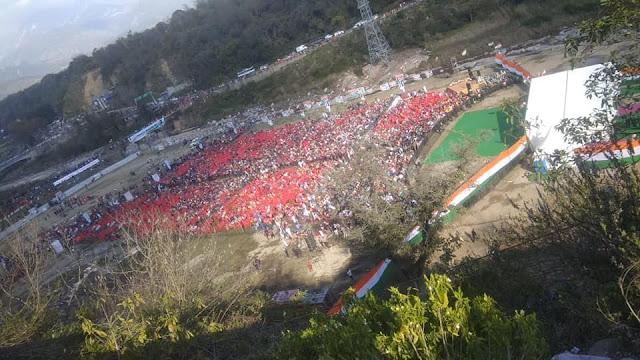 चंबी मैदान में राहुल गांधी की रैली, भाषण शुरू होते ही कुर्सियां छोड़ कर जाने लगे लोग