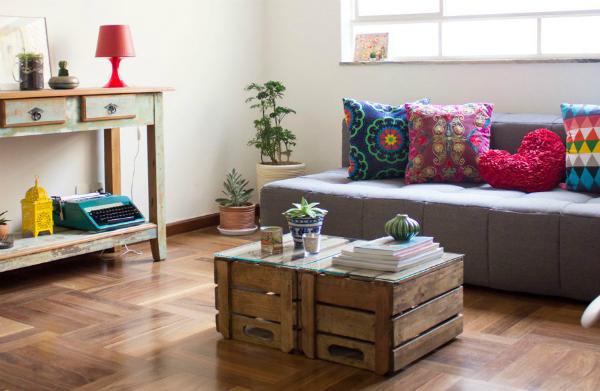 reutilizar caixotes de madeira sala mesa centro