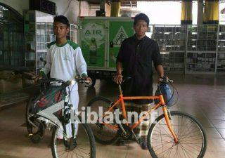 Dua Remaja Asal Banyuwangi Nekad Bersepeda ke Jakarta Ikut Reuni 212