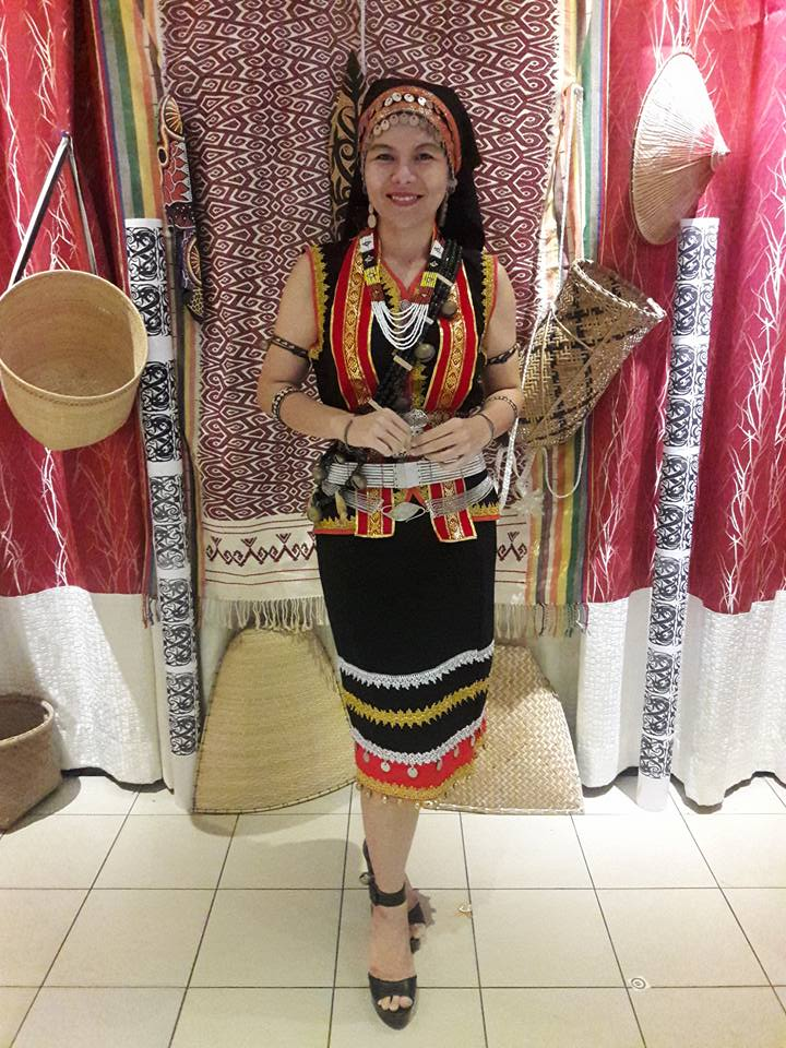 Kumang Saribas And This Is My Story The Costume Of Dayung Bisingai