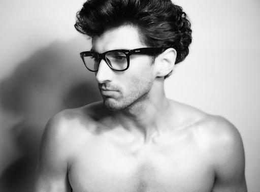 Aaditya Roy Kapoor Images: Shirtless Indian Celebrities: Aditya Roy Kapoor