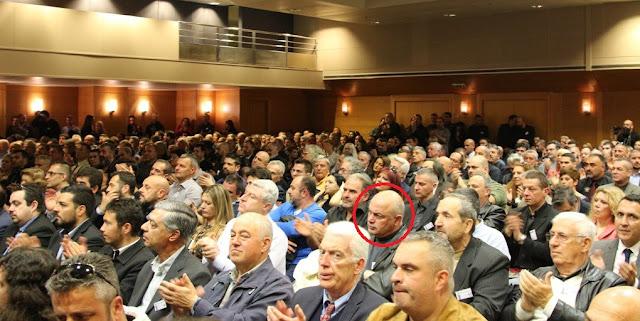 Αποκάλυψη: Στην συγκέντρωση της Χρυσής Αυγής ο πρώην Αστυνομικός Διευθυντής Εύβοιας Λάμπρος Χουλιαράς - Δείτε τον να τραγουδάει τον ύμνο της οργάνωσης (ΦΩΤΟ & ΒΙΝΤΕΟ)