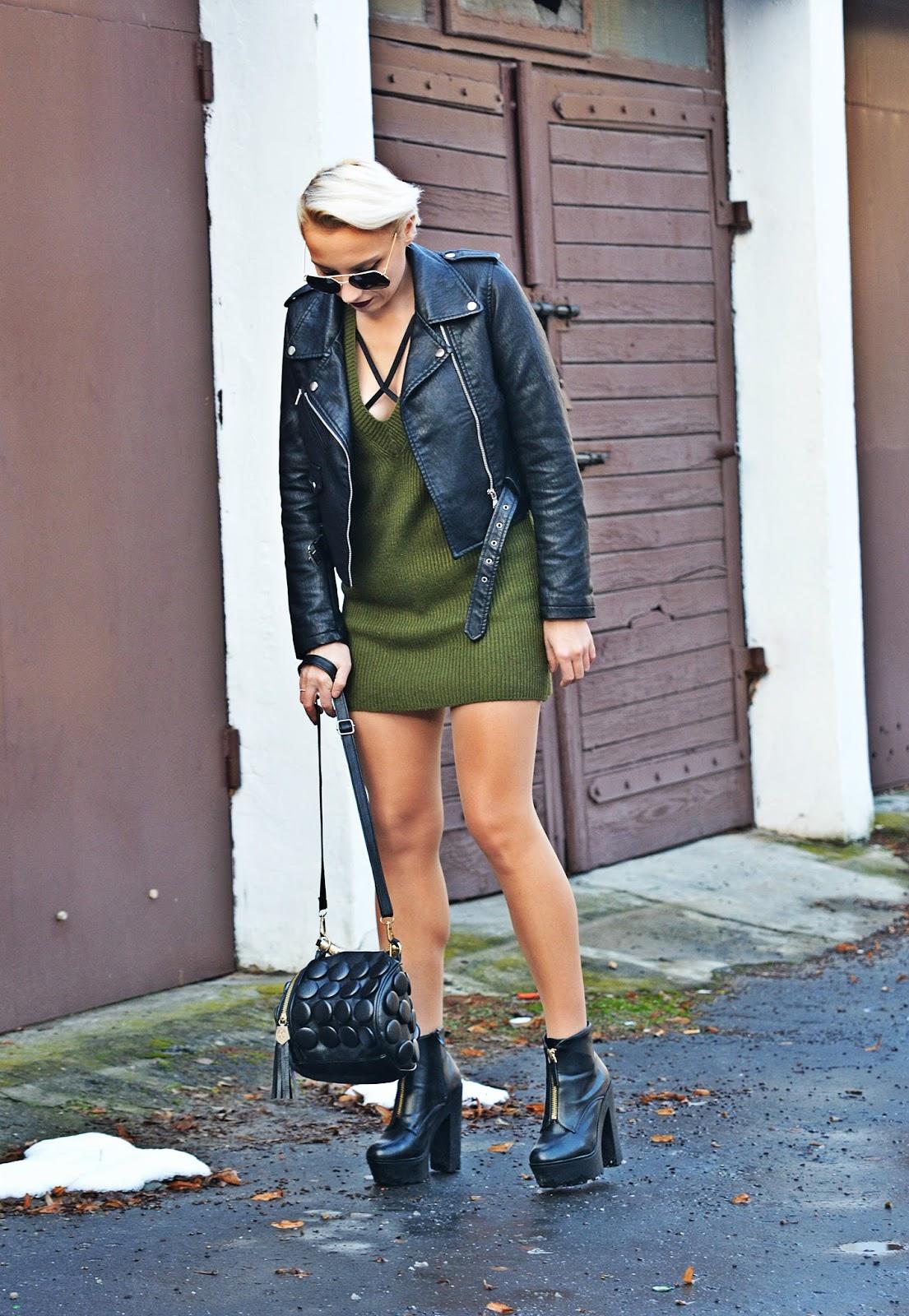 blog_modowy_karyn_sukienka_sweterkowa_w_serek