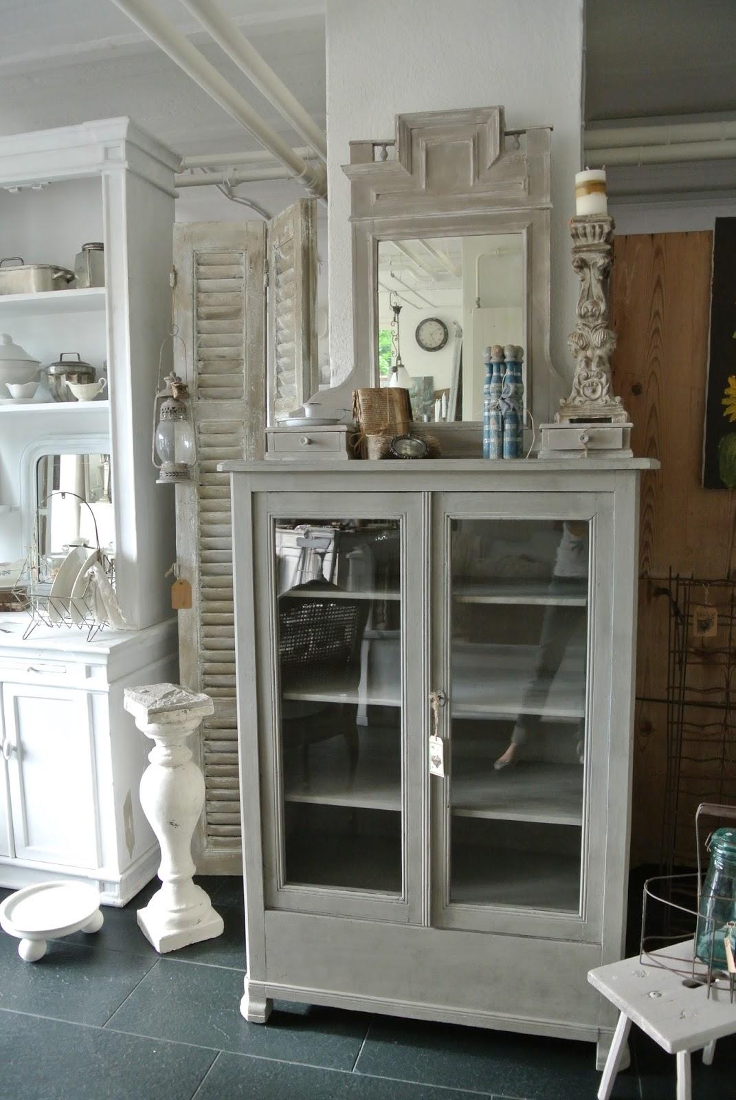 mehrkuriosa zug nge im shabby style. Black Bedroom Furniture Sets. Home Design Ideas
