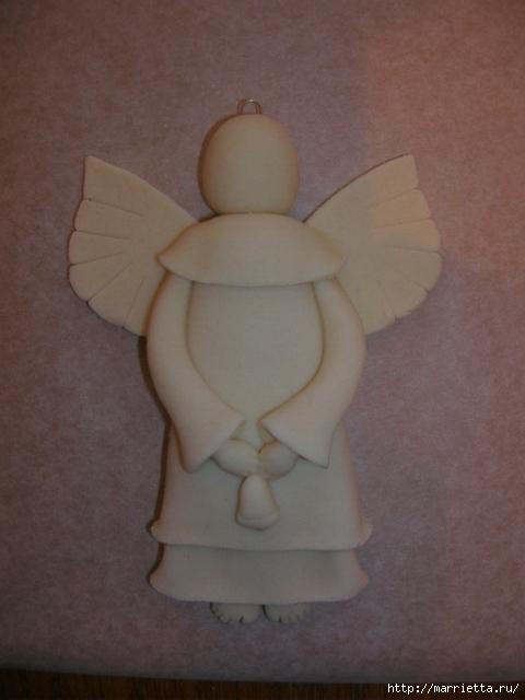 """«Ангел с колокольчиком» из соленого теста (МК), Ангелы вдохновения — фото-идеи лепки, Ёлочки из сахарно-желатиновой кондитерской мастики, солёное тесто для лепки рецепт, Задорные ангелы из соленого теста, Как упаковать мелкие сувениры в прозрачный целлофан (МК), солёное тесто для лепки поделки, Снеговик в шубке из мастики, Соленые Ангелы: лепим из соленого теста (МК), Тыковки из кондитерской мастики или помадки, Ангел с колокольчиком и другие... — Мастерим из соленого теста, как приготовить соленое тесто для лепки, что сделать ангелов из соленого теста, что можно слепить из соленого теста, поделки их соленого теста, фигурки мука-соль, как лепить из соленого теста, солёное тесто для поделок состав рецепт, поделки из соленого теста, как замесить солёное тесто для лепки фигурок, как сделать солёное тесто для поделок в домашних условиях, тесто для лепки что можно слепить, фото идеи их соленого теста, солёное тесто рецепт для лепки для детей, поделки из солёного теста своими руками,  идеи лепки ангелов, как вылепить ангела, как слепить ангела из соленого теста, ангелы из соленого теста на день влюбленных, ангелы из соленого теста на Рождество, прикольные ангелы из соленого теста, подарки из соленого теста, ангел, ангелы из соленого теста, из соленого теста, лепка, лепка из соленого теста, лепка человечков, мастер-класс, подарки на Рождество, рождественский декор, соленое тесто, сувениры, своими руками, ангел своими руками, """"Ангел с колокольчиком"""" из соленого теста (МК), как сделать ангела на Рождество своими руками, мастер-класс с фото, http://handmade.parafraz.space/"""