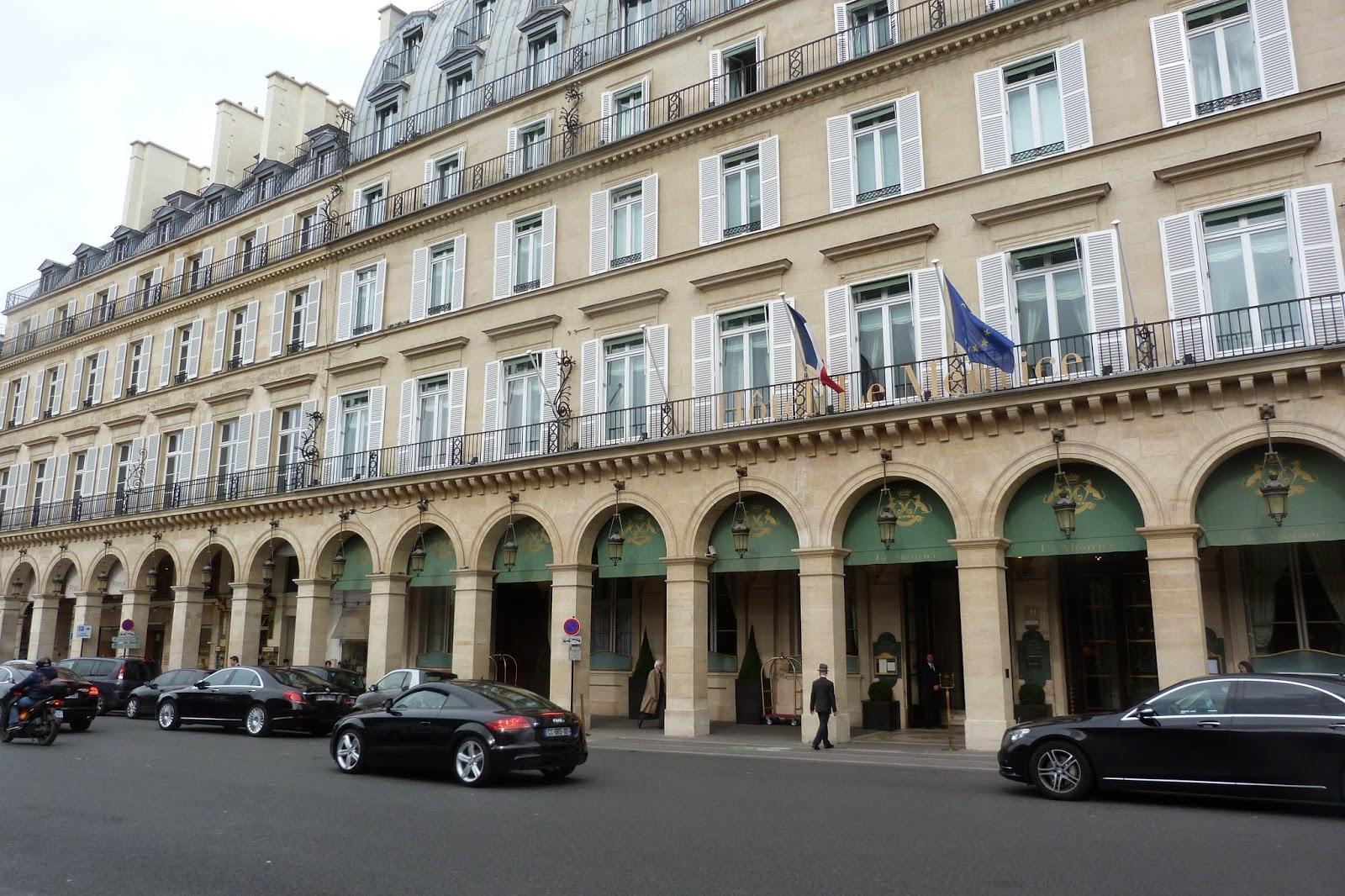 Rallye promenade travers paris autour de la rue saint for Les noms des hotels