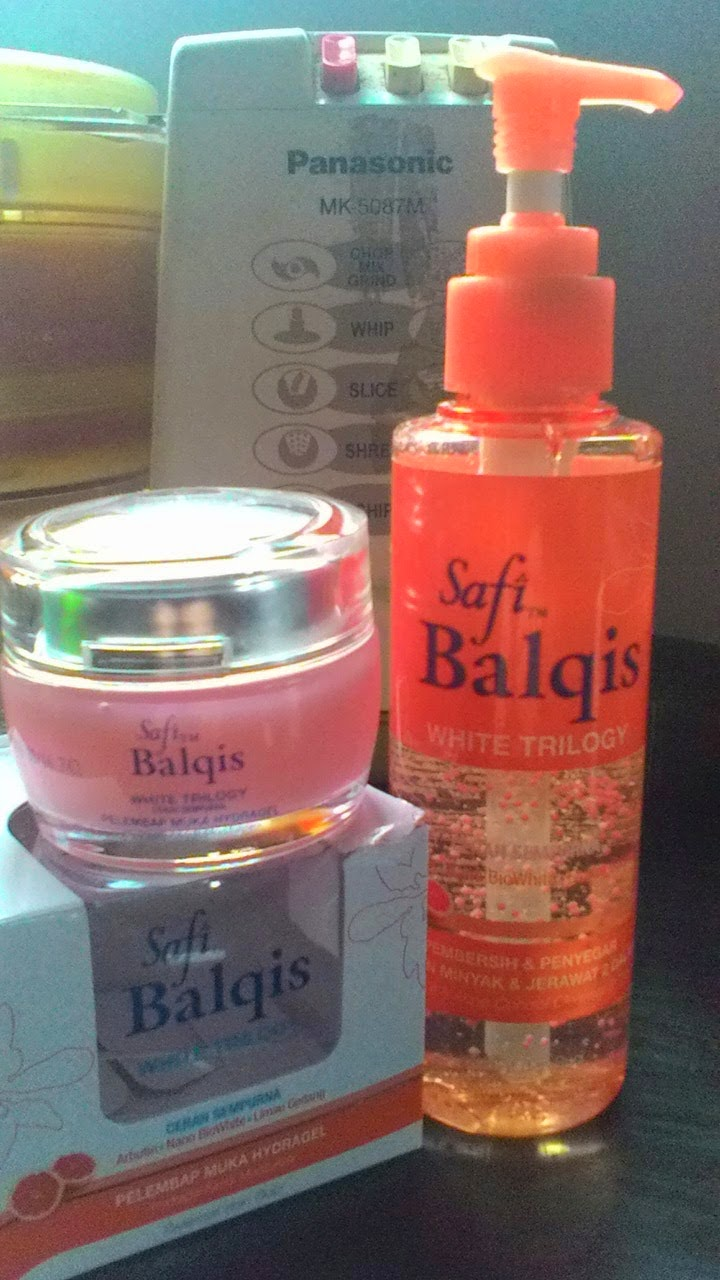 Review Safi Balqis White Trilogy - Pek Orange