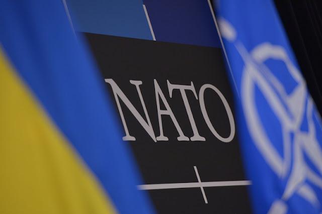 Россия перебросила террористам на Донбассе 24 танка и 320 тонн боеприпасов, - Минобороны Украины - Цензор.НЕТ 2683