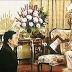 Bức ảnh chấn động về quyền lực của Quốc vương Thái Lan