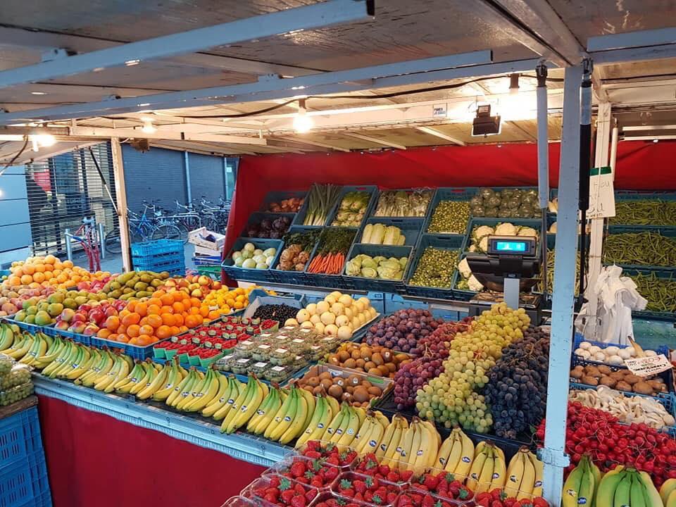 beijumnieuws 39 groente fruit op de markt vers smaakvol. Black Bedroom Furniture Sets. Home Design Ideas