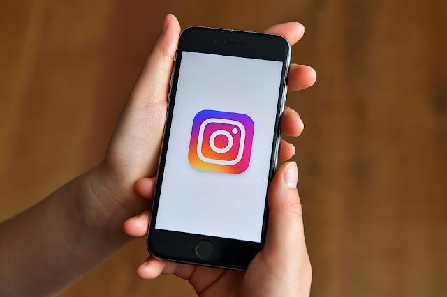 Instagram Uji Fitur Album Foto