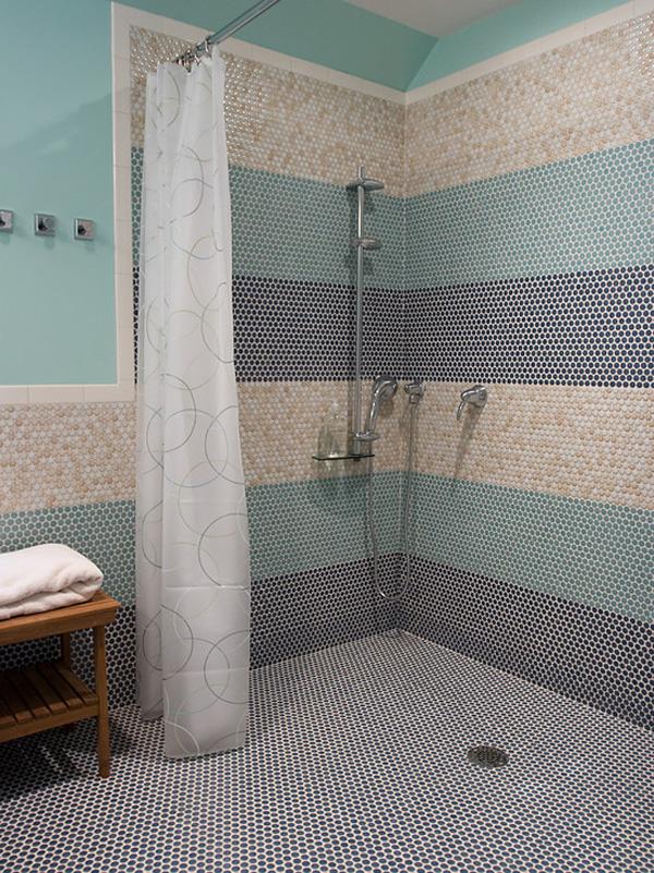 Helen Davies.. Interior Designer: Creating a wet-room
