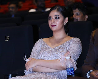 Keerthy Suresh with Cute Smile at SIIMA Awards 2