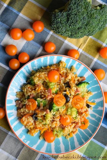 Ryż brązowy z boczkiem i warzywami