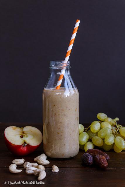 Trauben-Apfel-Cashew-Smoothie