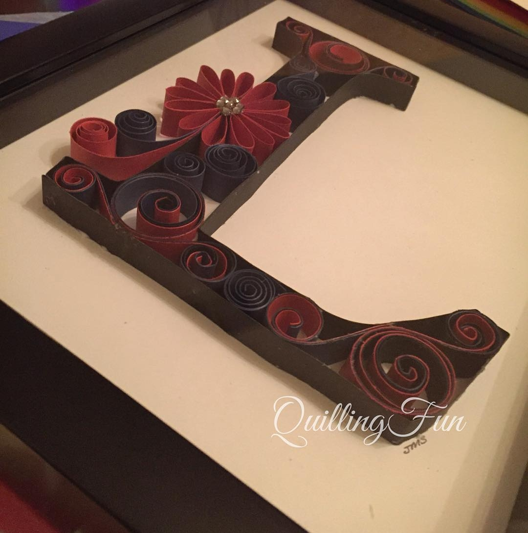 11-L-Jennifer-Stacey-Typography-with-Quilling-Drawings-www-designstack-co
