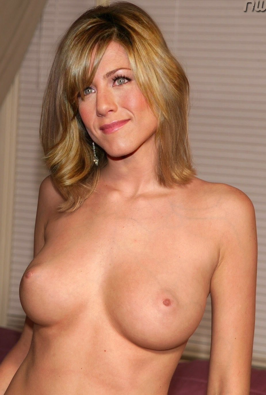 jennifer aniston nude big tits