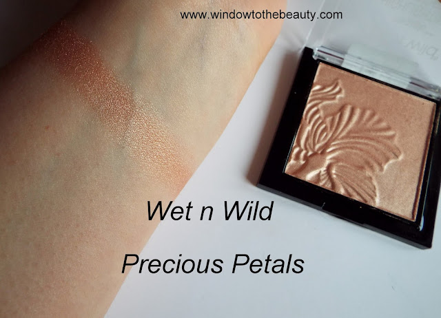 Wet n Wild MegaGlo Highlighting Powder precious petals swatches