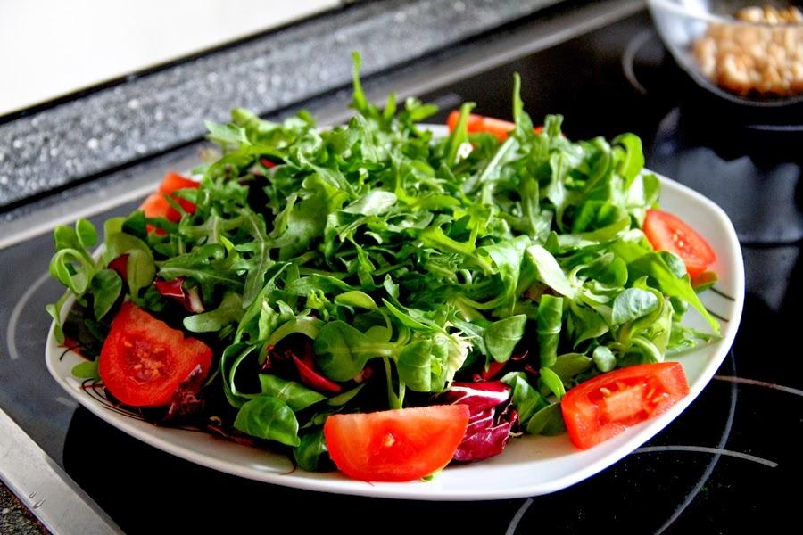 salat tomate grün gesund