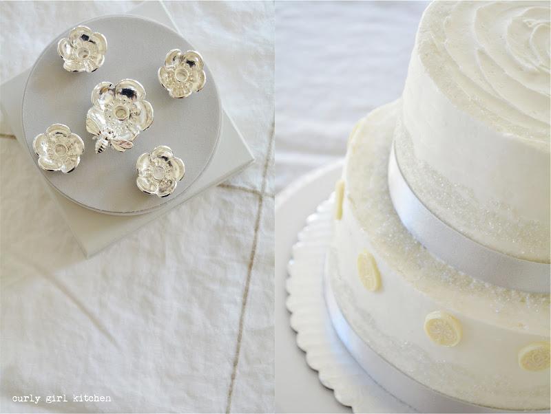 Christmas Cake, Cake Decorating, Holiday Baking, White Cake, Cake with Ribbon, White and Silver Wedding Cake