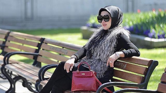 Sensasi Artis - Kenakan Jilbab Dipadu Rok Mini, Syahrini Gak Kapok, Kini Malah Pakai Celana Super Ketat