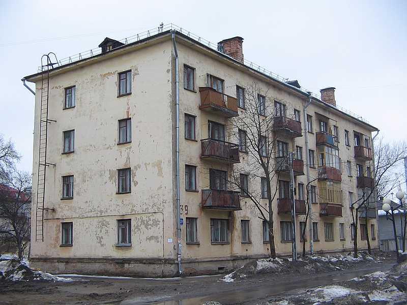 Закон України «Про комплексну реконструкцію кварталів (мікрорайонів) застарілого житлового фонду» буде змінено