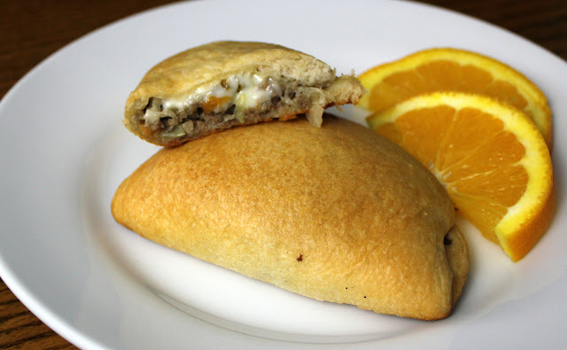 Make this zesty mini Runza with a few ingredients and 30 minutes of time. It's a true Simple Meal!