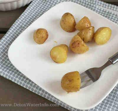 Detox diet meal - potatoes for weight loss