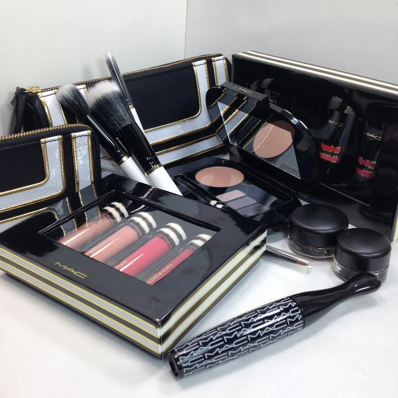 Mac Christmas Gift Sets: Video Post: MAC Holiday 2013 Gift Sets Nocturnals And