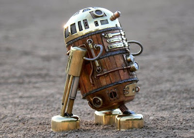 R-2 ds Star wars al estilo steampunk con materiales reciclados