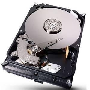 Usuário pode trocar HD interno do notebook para ter maior armazenamento
