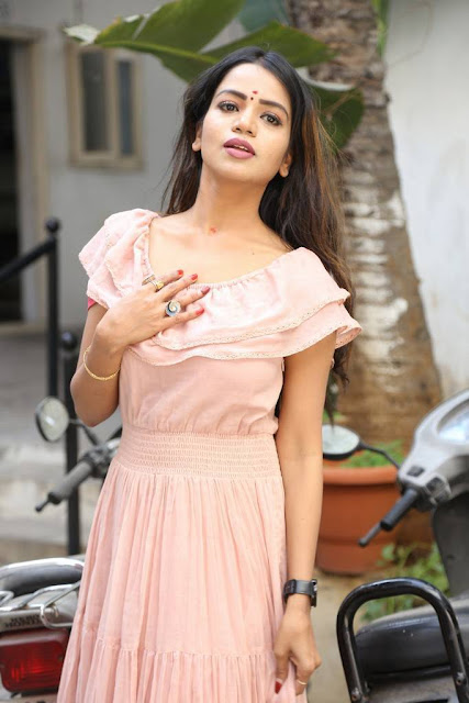 Bhavya Sri Stills At Baggidi Gopal Movie Launch