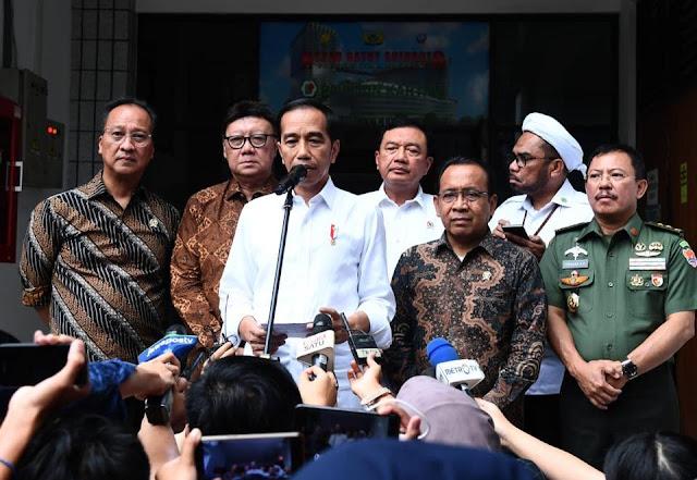Presiden Jokowi Memerintahkan Kapolri, Kepala BIN, dan TNI Usut Tuntas Kasus Penusukan Menko Polhukam Wiranto