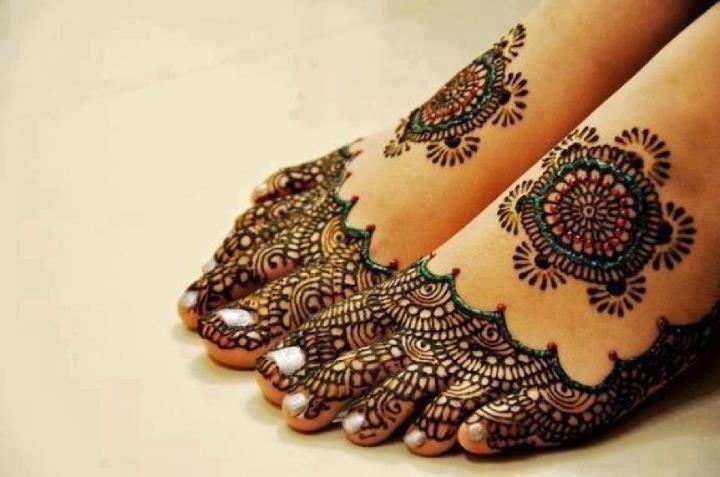 Mehndi Wrist Joint : Latest arabic mehndi designs eid henna as properly