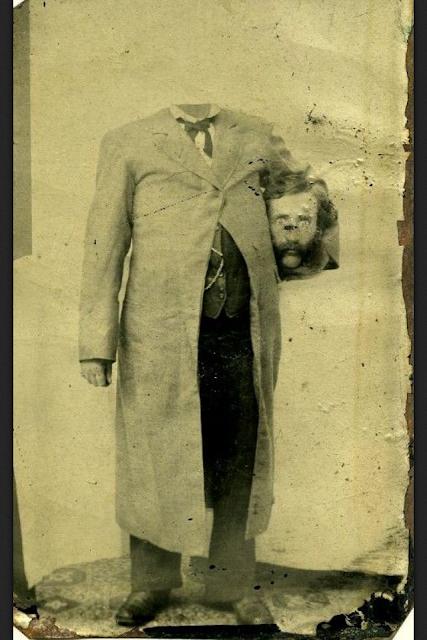 foto manusia yang kepalanya terpenggal