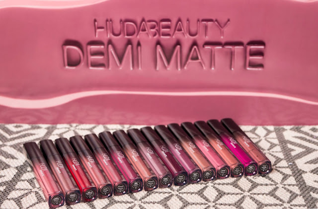 Huda Beauty - Demi-Matte
