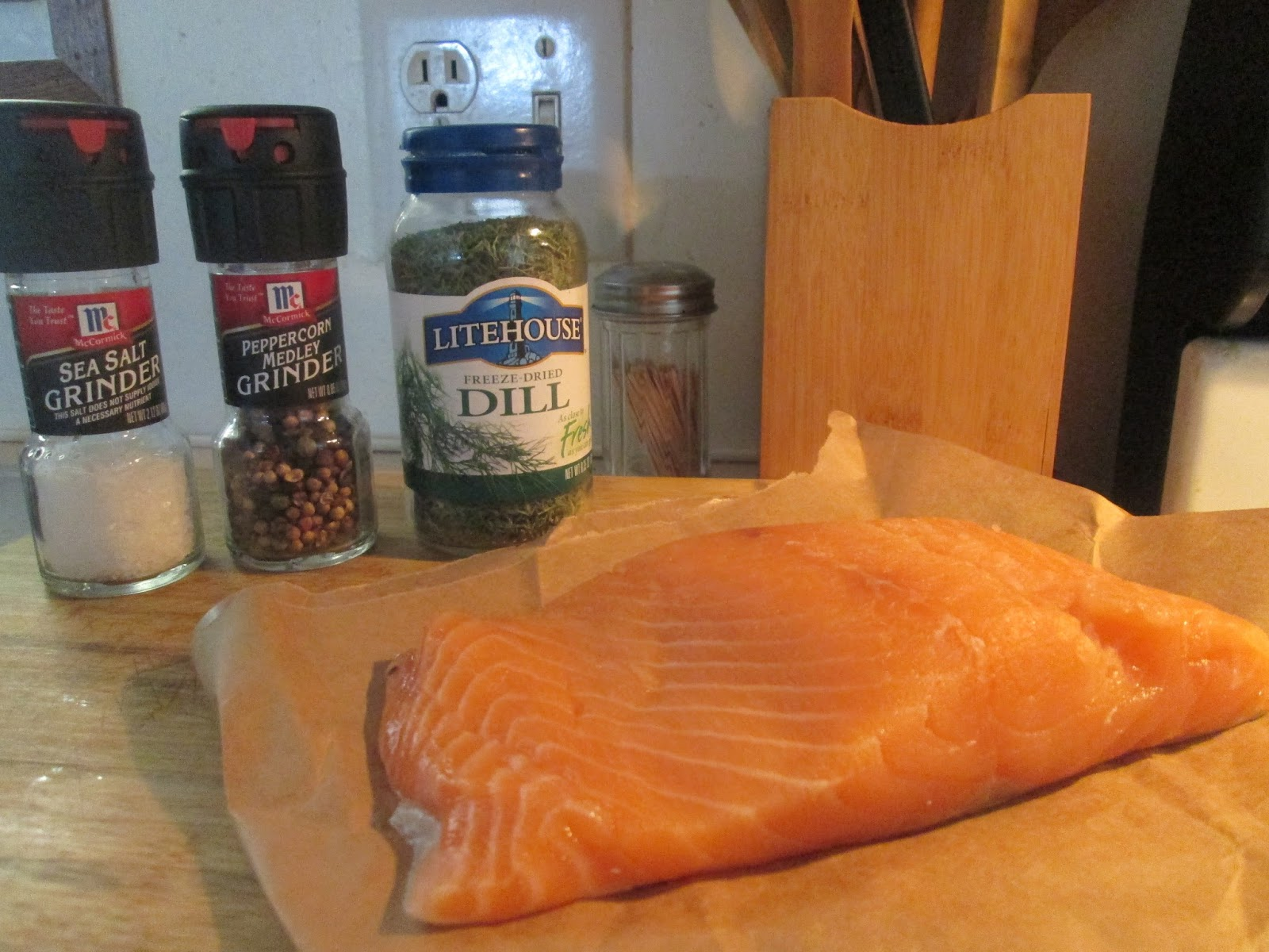 how to cook a whole salmon fillet in the oven