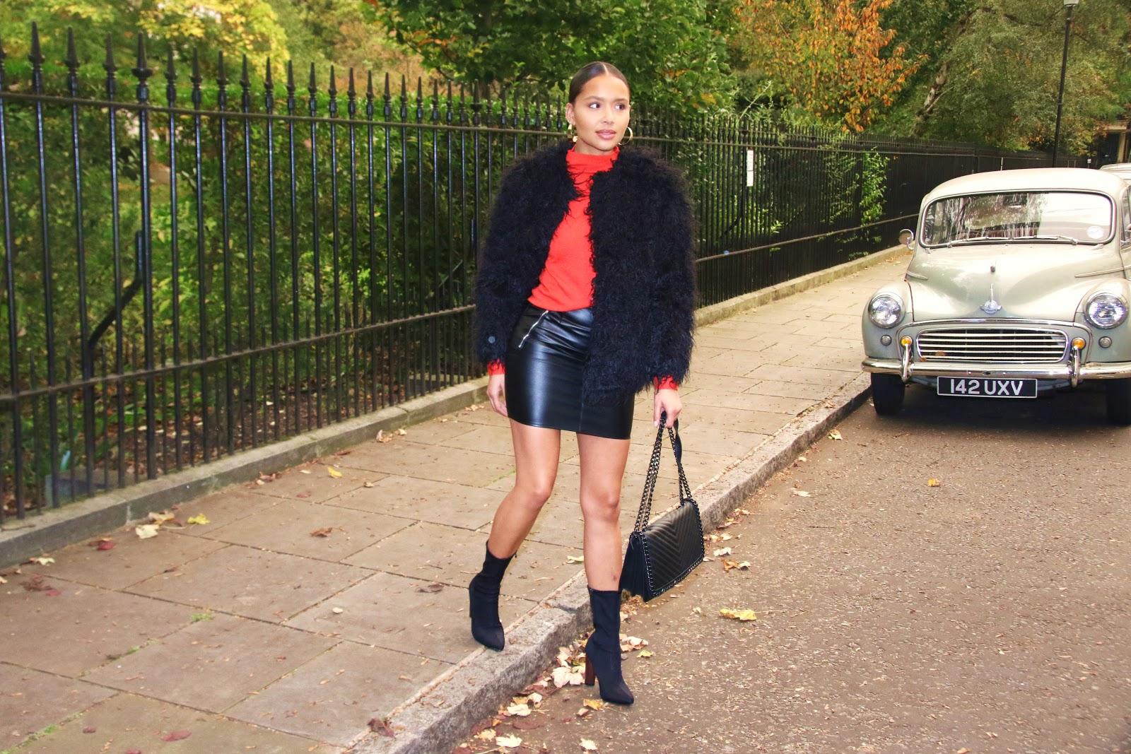 H&M, redjumper, howtowearleatherskirt, leather skirt, fashion, streetstyle
